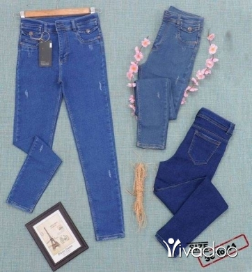 Clothes, Footwear & Accessories in Beirut City - Jeans