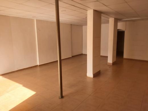 Whole building in Ras-Meska - Shop for Sale in Dahr Al Ain, Koura