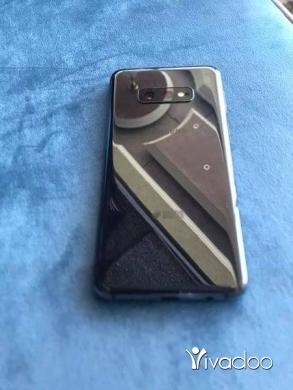 Téléphones, Téléphones Mobiles et Télécoms dans Tripoli - Samsung s10e