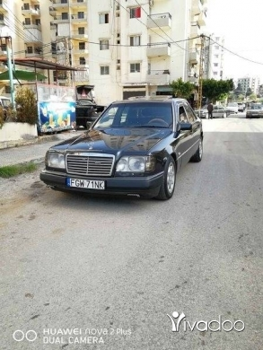 Mercedes-Benz in Majd Laya - Mercedes E300