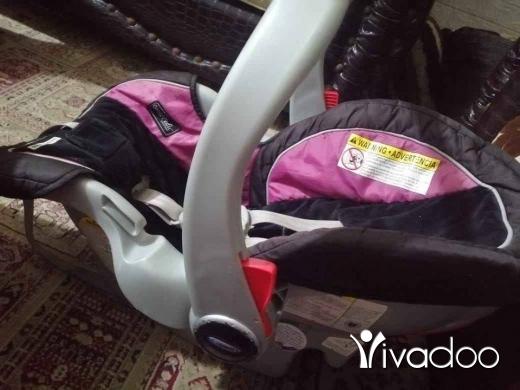 Baby & Kids Stuff in Beirut City - كارسيت تقريبا جديدة موجودة ببيروت بضاحية السعر 150 الف للتواصل 78979230