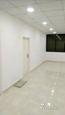 Office Space in Beirut City - مكتب للبيع بي سنتر وزني المشرفية