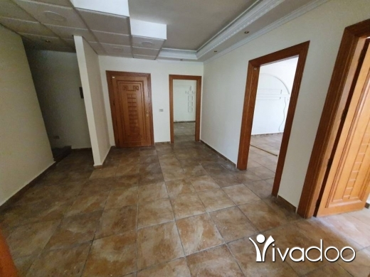 Office in Azmi - SPACIOUS OFFICES FOR RENT IN THE HEART OF TRIPOLI