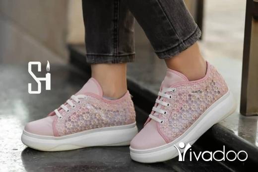 Clothes, Footwear & Accessories in Beirut City - بوط نسواني بلورتان