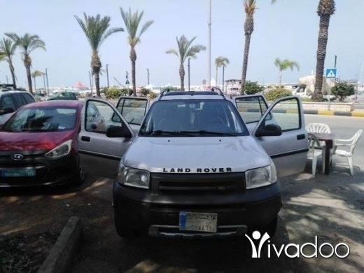 Rover in Tripoli - land raver