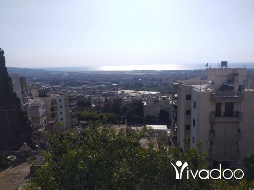 Apartments in Hadeth - A decorated 340 m2 apartment  having an open mountain view for sale in Hadath