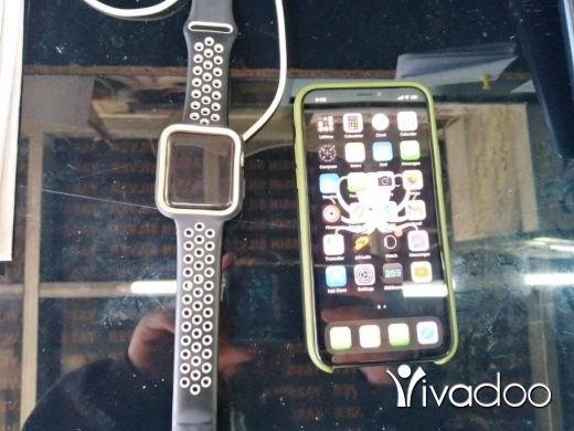Phones, Mobile Phones & Telecoms in Al Dahye - Iphone x 265   apple watch 3 4.2 nike edition