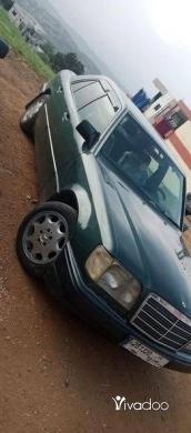 Mercedes-Benz in Akkar el-Atika - Mercedes E300/ 92