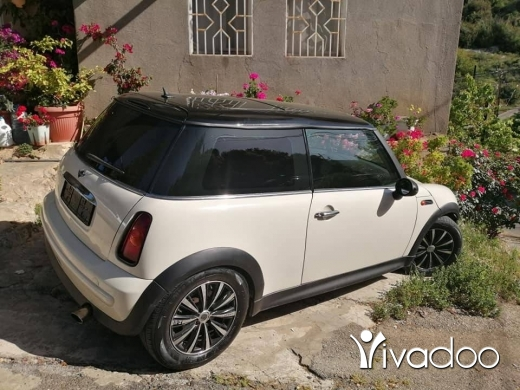 Mini in Beit El Din - Mini Cooper 2004 atou enkaad