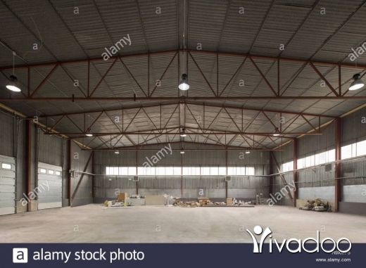 Warehouse in Berj Hammoud - Industrial Hangar For Rent Bourj Hammoud