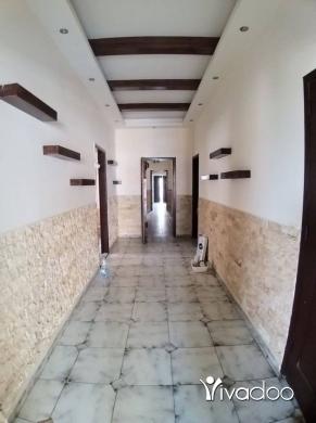 Apartments in Aramoun - شقة للبيع مساحة ٢٥٠ اول طلعة عرمون فوق التمثال