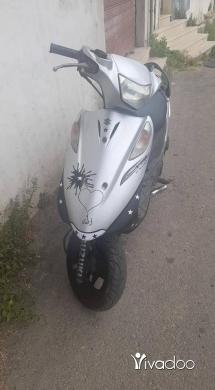 Motorbikes & Scooters in Barjin - V 125 yabaniye