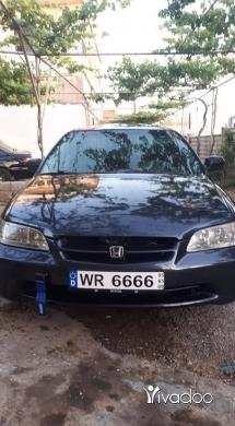Honda in Akkar el-Atika - honda accord mod 2000