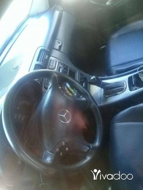 Mercedes-Benz in Akkar el-Atika - غواصة ٢٤٠موديل ٢٠٠١