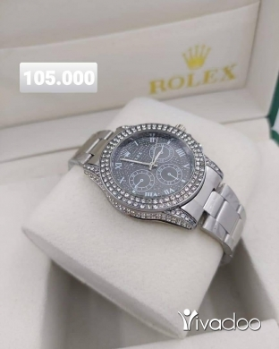 Clothes, Footwear & Accessories in Beirut City - Full Strass Rolex watch