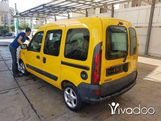 Renault in Tripoli - كانغو الماني موديل ٢٠٠٢ غير مستعمل في لبنان