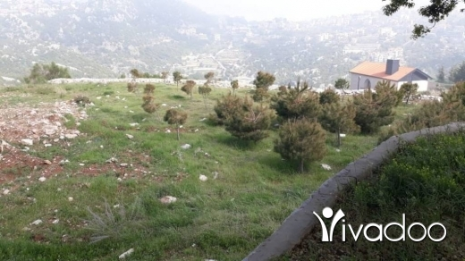 Land in Achkout - A 1200 m2 land having an open mountain/ partial sea view for sale in Ashkout