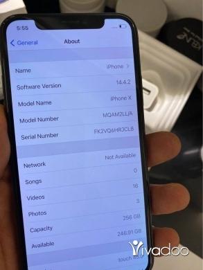 Phones, Mobile Phones & Telecoms in Beirut City - iphone 11 black
