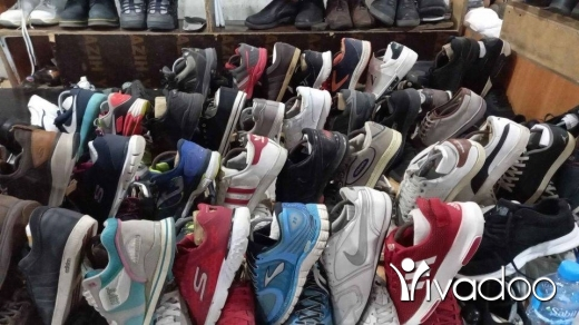 Clothes, Footwear & Accessories in Chiyah - شروة احذية