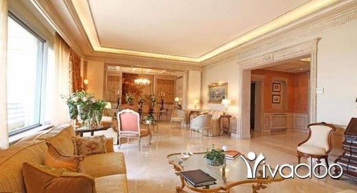 Apartments in Beirut City - شقة فخمة للبيع