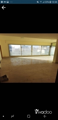 Other real estate in Beirut City -  شقة للبيع الحمرا ٢٢٠ متر
