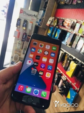 Phones, Mobile Phones & Telecoms in Tripoli - iphone 8 plus