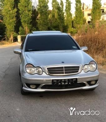 Mercedes-Benz in Nabatyeh - Mercedes C240 2001