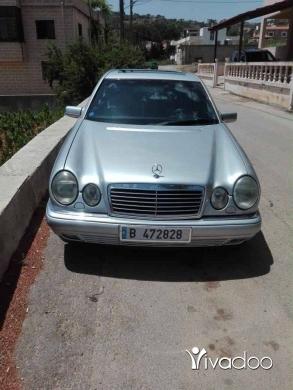 Mercedes-Benz in Nabatyeh - Mercedes 230
