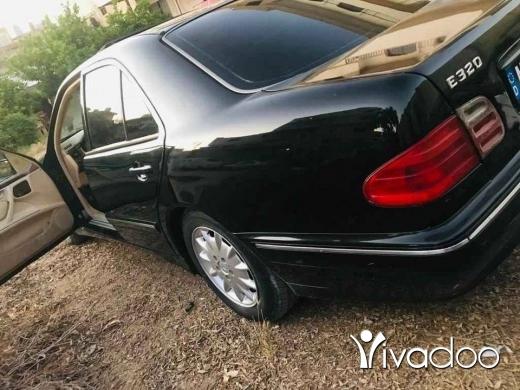 Mercedes-Benz in Akkar el-Atika - mercedes 320 model 2002