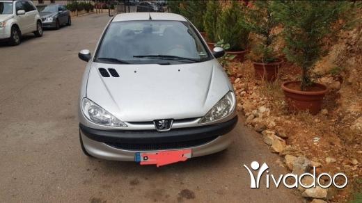 Peugeot in Bchamoun - clean car