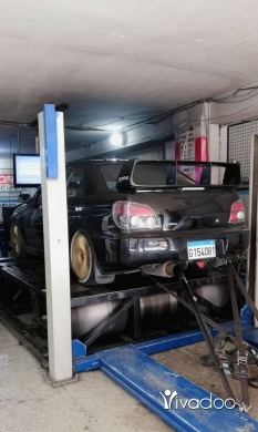 Subaru in Bikfaya - Subaru WRX STI