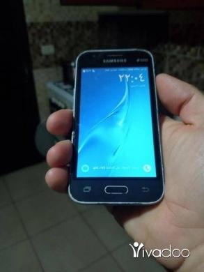 Phones, Mobile Phones & Telecoms in Tripoli - samsung j1