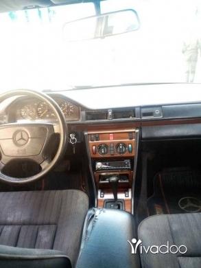 Mercedes-Benz in Halba - مرسيدس 300