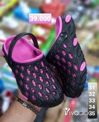 Clothes, Footwear & Accessories in Beirut City - كروكس