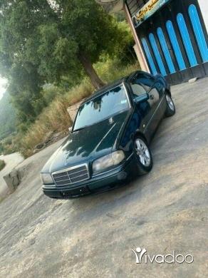 Mercedes-Benz in Akkar el-Atika - Mercedes 1995/  c280