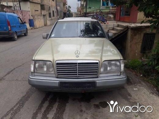 Mercedes-Benz in Akkar el-Atika - Mercedes 300