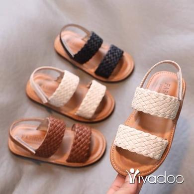 Clothes, Footwear & Accessories in Jounieh - Girls sandals