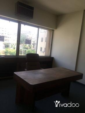Office in Jbeil - مكتب للايجار في جبيل