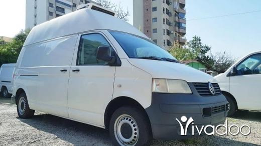 Vans, Trucks & Plant in Jdeideh - Transporter t5 brad model 2009