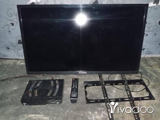 TV, DVD, Blu-Ray & Videos in Zahleh - شاشه هيونداي 42 انش