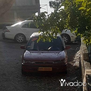 Honda in Damour - Hounda acourd model 90