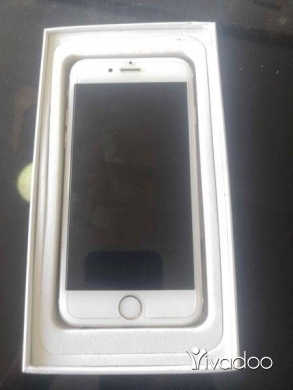 Phones, Mobile Phones & Telecoms in Borj Hammoud - IPhone 6