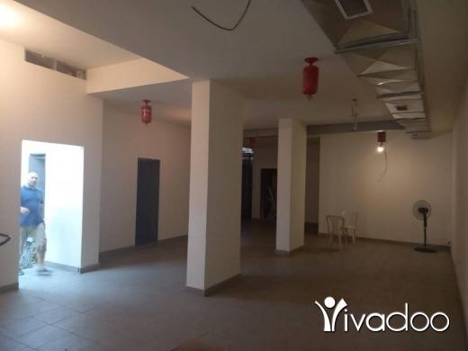 Warehouse in Ras El Nabaa - مستودع للبيع في راس النبع بحالة ممتازة