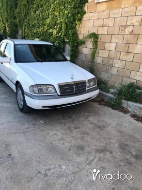 Mercedes-Benz in Baalback - Mercedes