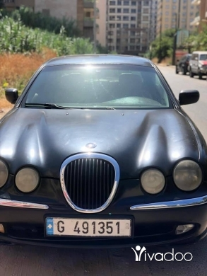 Jaguar in Tripoli - Jaguar