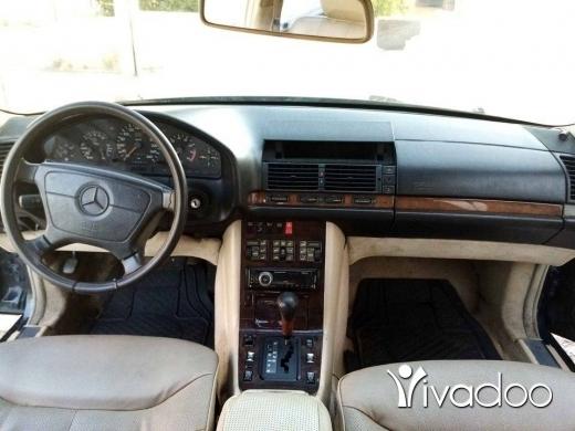 Mercedes-Benz in Alma - 300 sel model 1992