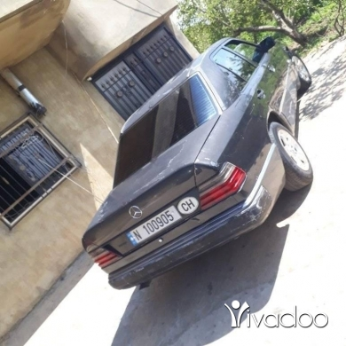 Mercedes-Benz in Tripoli - Mercedes ٣٠٠مودال ٩٠