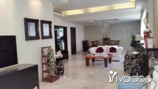 Apartments in Rawche - شقة للإيجار في الروشة