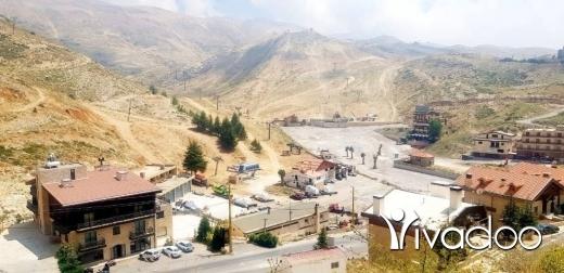 Terrain dans Kfar Zebian - L08234 - Land for Sale in Ouyoun Al Simen Facing Ski Slopes - Cash!