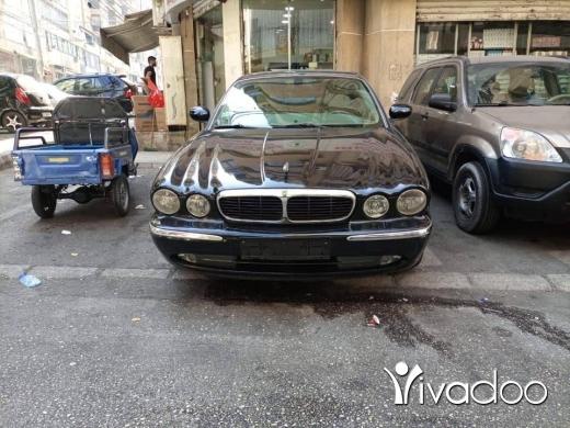 Jaguar in Haret Hreik - Jaguar xj8 fully loaded
